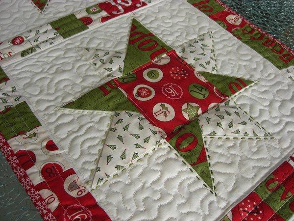 n hanleitung quilt patchwork tischdecke sterne weihnachten. Black Bedroom Furniture Sets. Home Design Ideas