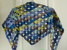 Ocean Beach - triangular shawl - crochet