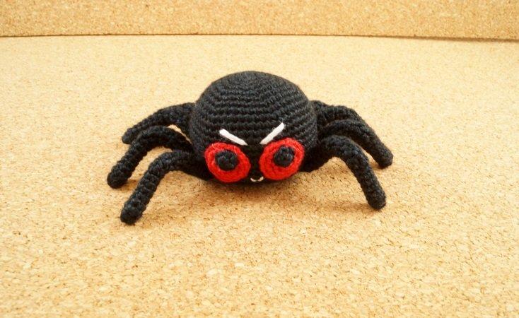 Witzige Spinne - einfach und ohne Draht häkeln