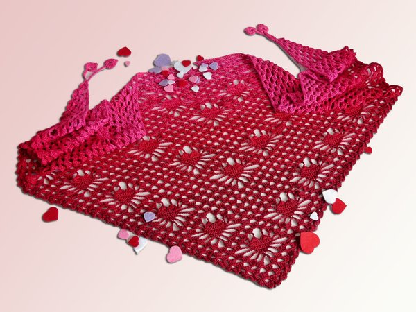 Crochet pattern shawl Be my Valentine