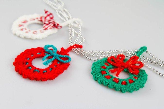 Amigurumi Christmas Ornament Wreath Crochet Pattern