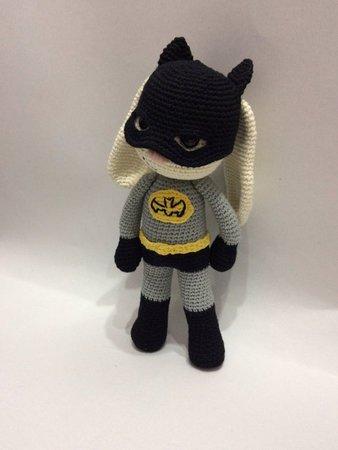 Amigurumi Batman - free crochet pattern and tutorial - Superhero ... | 450x338