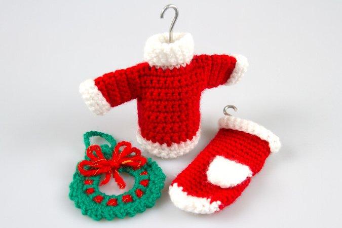 Amigurumi Doll Crochet Pattern Christmas Wreath Sweater