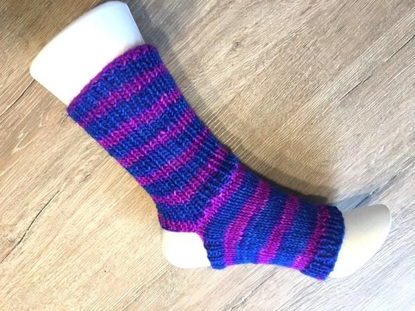 Strick-Anleitung Yoga-Pilates-Socken, super easy