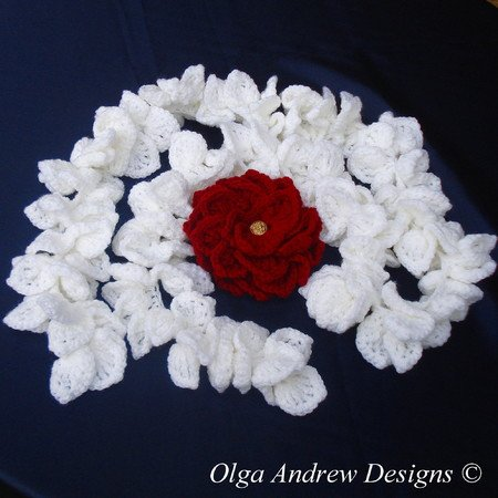 """Dahlia"". Ruffle scarf and brooch crochet pattern 030"