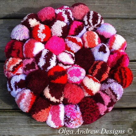Pompom rug/chair seat cushion crochet pattern 064