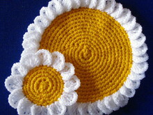 Camomile/daisy doily and coasters crochet pattern 053