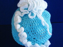 Gift bag with ruffle crochet pattern 009