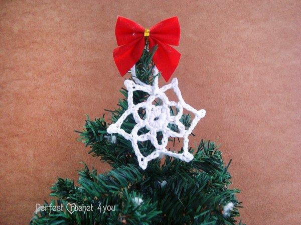 Einfache Häkelanleitung Schneeflocken für Weihnachten