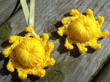 The Sun pendant/brooch crochet pattern 070
