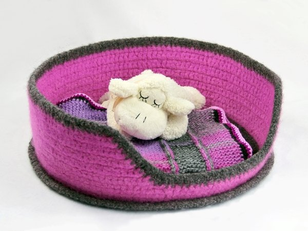 Felted Cat Dog Bed In Two Sizes Crochet Pattern