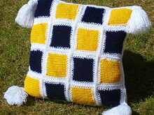 Patchwork cushion knit/crochet pattern 006