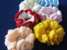 Small ruffle flower crochet pattern 018