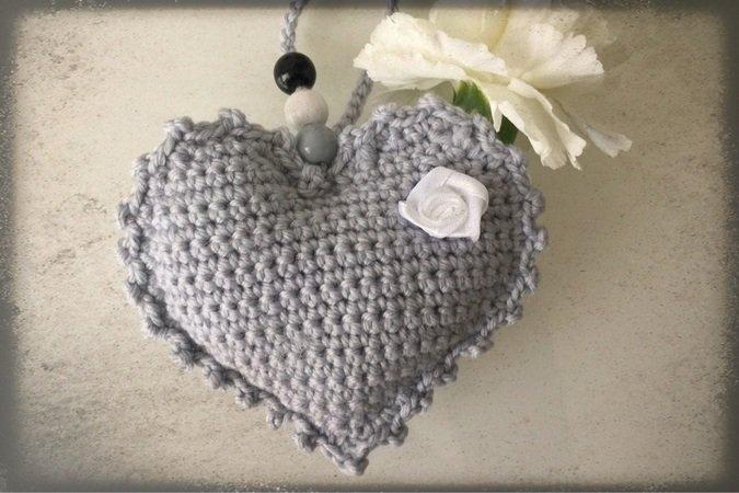 Herz häkeln // Deko-Herz // Geschenktipp