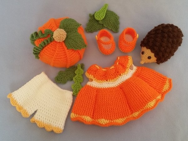Clothes for Kaija pumpkin girl
