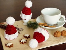 Egg Cosy Christmas Hat, Crochet Pattern