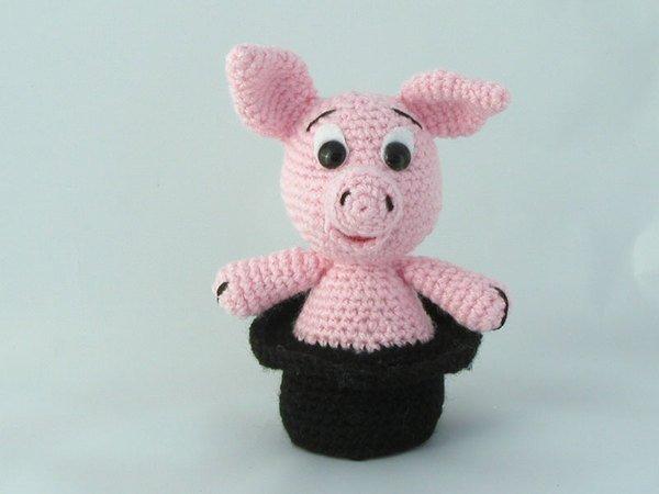 Häkelanleitung Glücksbringer Schweinchen im Schornsteinfeger-Hut