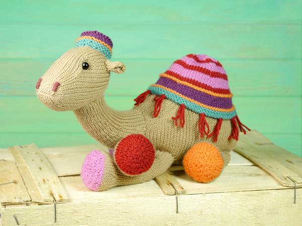 Kemal The Camel knitting pattern