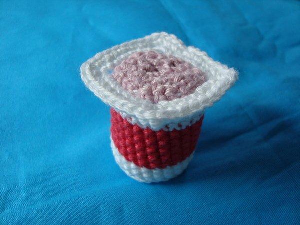 h kelanleitung joghurt joghurt becher mit deckel. Black Bedroom Furniture Sets. Home Design Ideas