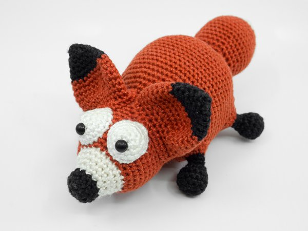 Free Pattern Friday: Sitting Fox Amigurumi | Hækleopskrifter ... | 450x600
