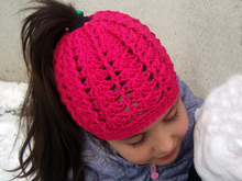 Messy bun hat for runners Ponytail beanie for girls and women Running toque Winter cap with hair hole