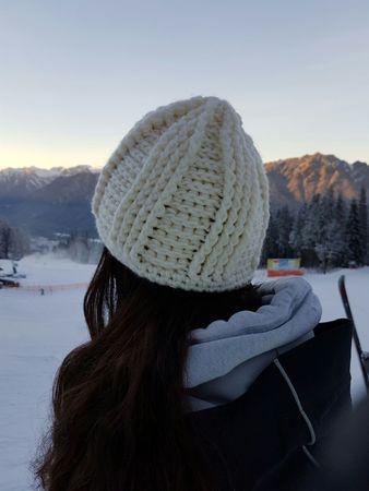 Wintermütze für Frauen (Häkelanleitung)