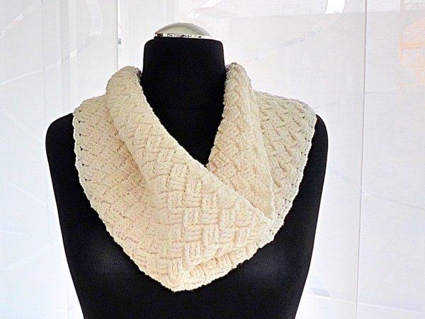 Scandinavian Winter Scarf Hygge Crochet Pattern