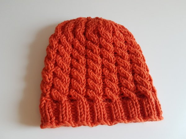 "Easy His and Hers hat ""Cable stitch"""