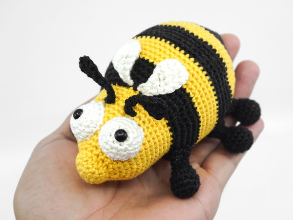 Amigurumi Bee Crochet Pattern