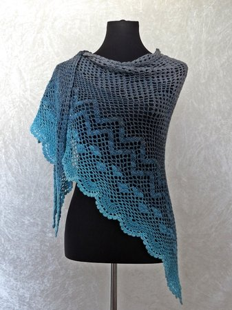 Crochet pattern shawl / wrap Dance with Dolphins