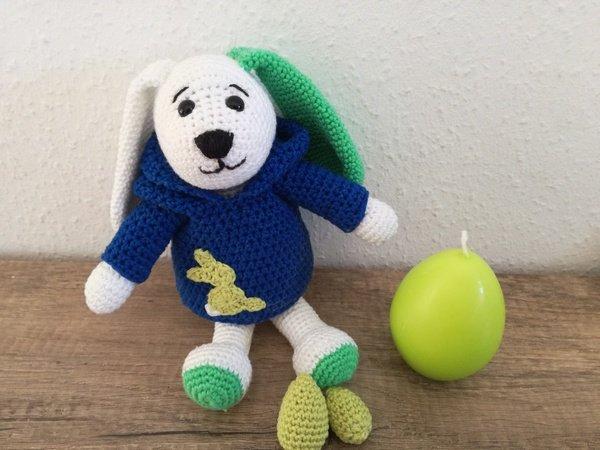 Häkelanleitung - Hund Timmi mit Kapuzenpullover