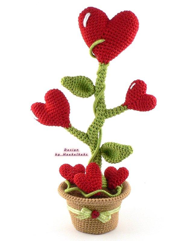 Heartflower in a pot -- Crochet Pattern by Haekelkeks