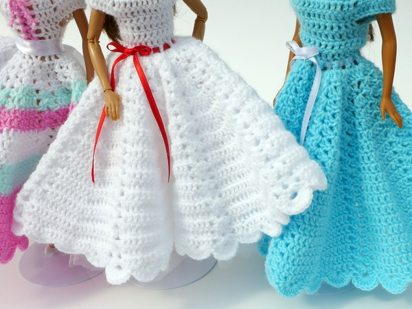Easy Crochet Doll Clothes Patterns Free : Crochet patterns: Doll clothes collection Swing