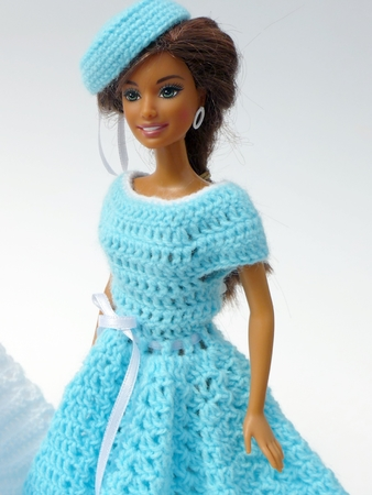 Crochet patterns: Doll clothes collection \'Swing\'
