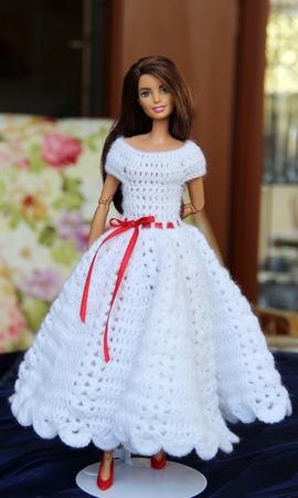 Crochet Barbie dress | Free Pattern | Bohemian Cat | 450x270