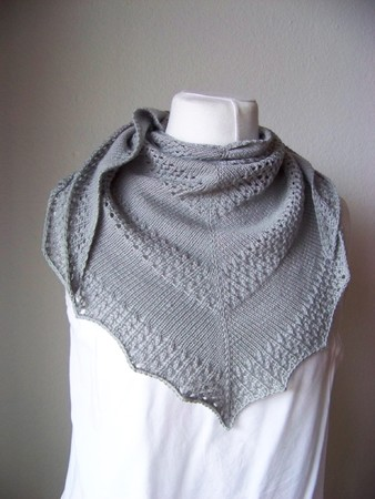 "Easy knitting pattern Shawl ""Tipsy"""