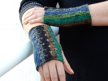 "Fingerless Gloves Knitting Pattern ""Emmentaler Fingerless Gloves"""