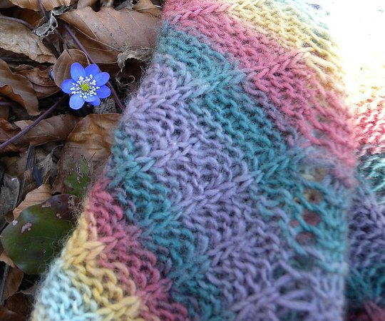 "Brioche Shawl knitting pattern in lace weight and fingering weight yarn ""Nonchalant"""