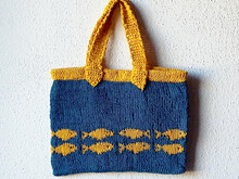 "Handbag knitting pattern ""Goldfish Swimming to Australia"""
