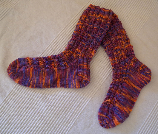 "Knitted socks ""Ribs and Stairs"""