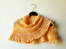 "Half circle shaped shawl knitting pattern ""Au coucher du soleil"""
