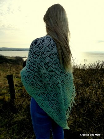 "Crochet pattern triangulare scarf ""Snowdrop"""
