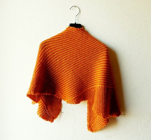 "Sideways knitted shawl in garter stitch with tiny stripes ""Garter Cloud"""