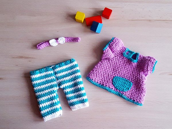 Häkelanleitung für Leggins und Kleidchen für 30-35 cm Puppen ...
