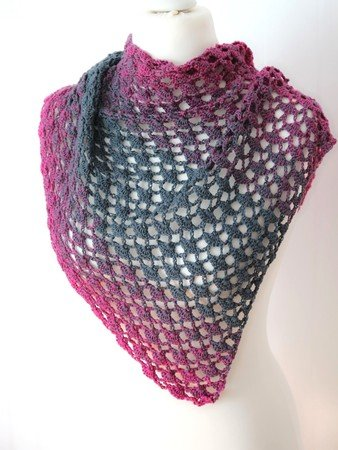 "triangular shawl ""Erica"", for beginner"