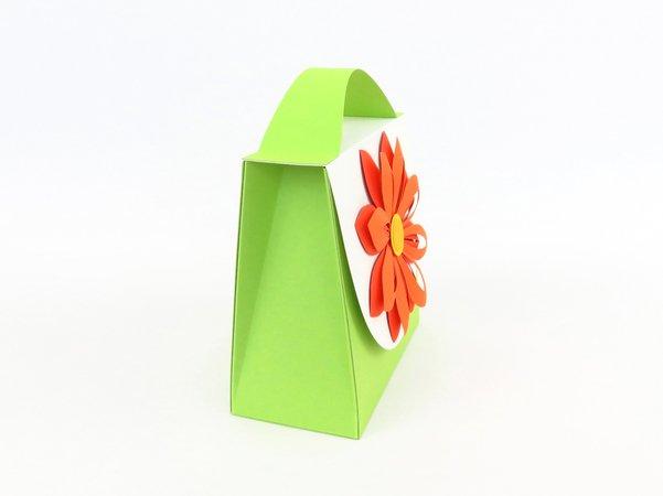 kleine geschenktasche mit blume bastelanleitung mit vorlagen. Black Bedroom Furniture Sets. Home Design Ideas