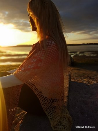 "Crochet pattern shawl ""Sunset"""