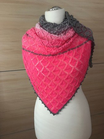 Triangular Shawl - knitting pattern