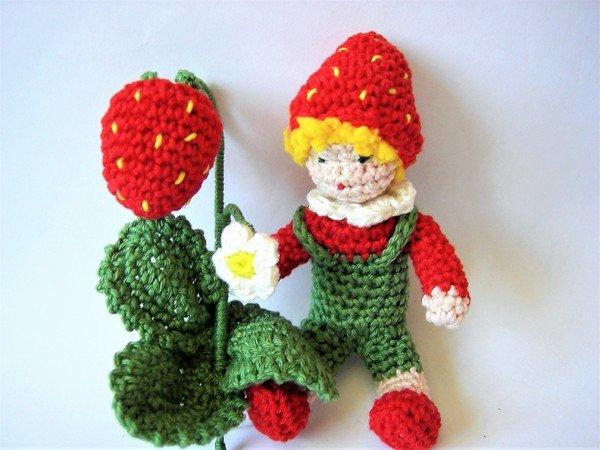 Häkelanleitung Blumenkind Erdbeere