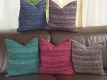kissenbezug knopfleiste zopfmuster stricken. Black Bedroom Furniture Sets. Home Design Ideas